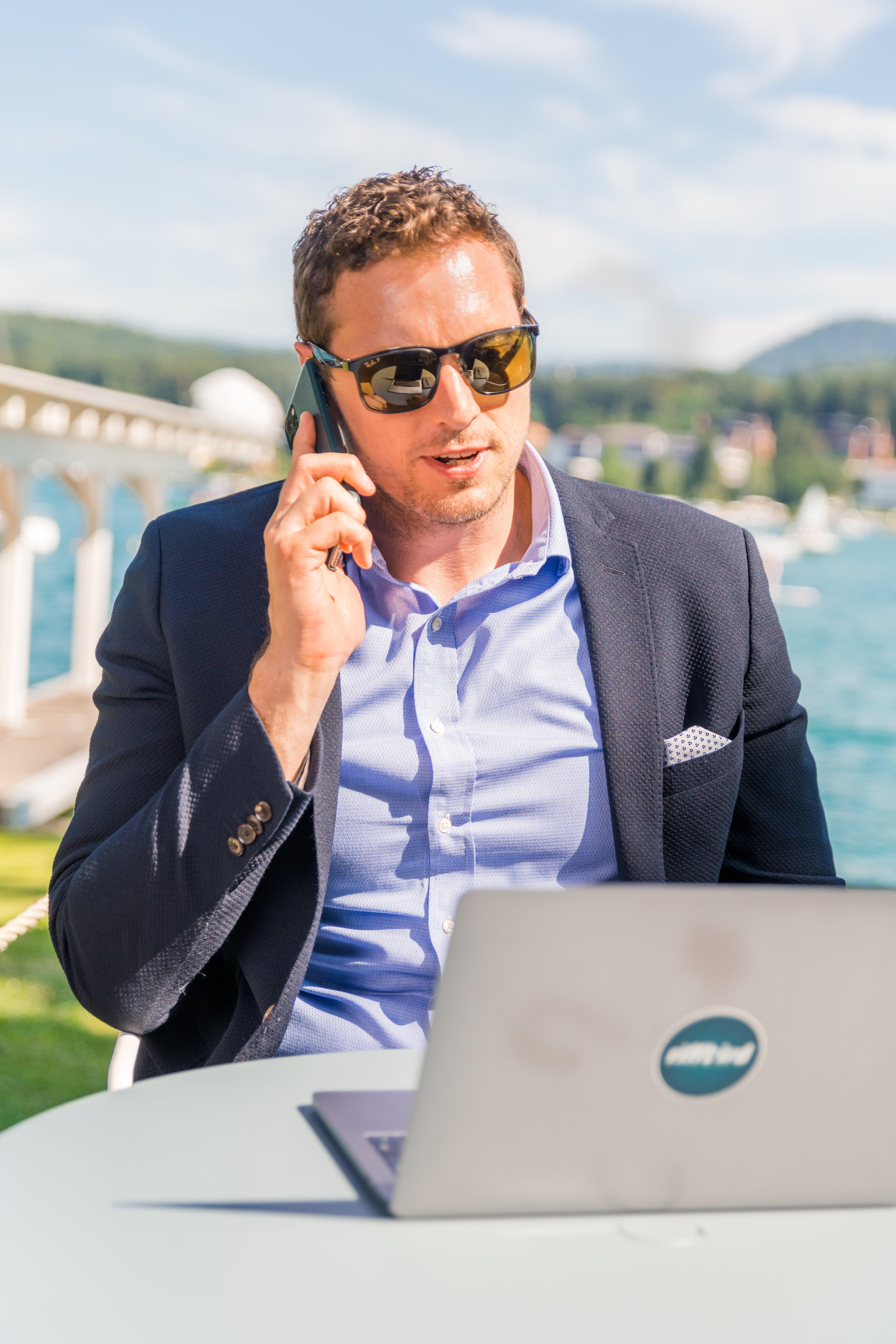 Bernd Leitsoni, Agenturgründer und Consultant